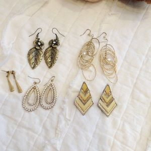 Gold tone earring bundle